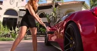 If You Own A Ferrari… Do Not Piss Off This Girl