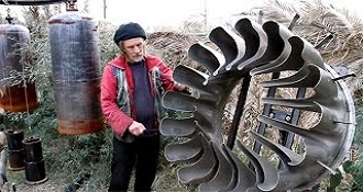 Man Creates Hundreds Of Unique Instruments