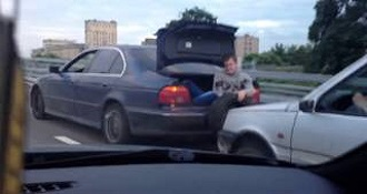 So Thats How They Tow Cars In Russia…