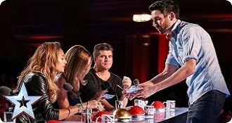 Britain's Got Talent With Amazing Card Trick