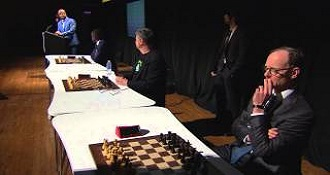 Chess Master Plays 3 Games At Once While Blindfolded… Wins