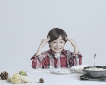 Kids Try 100 Years Of Thanksgiving Dishes