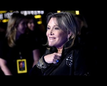 """""""Star Wars"""" Icon Carrie Fisher Suffers Heart Attack"""