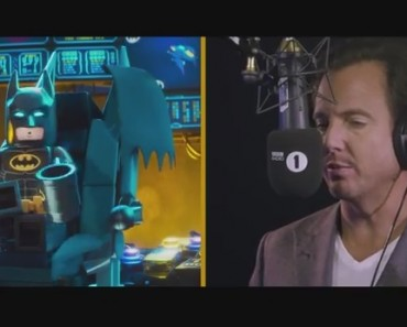 Will Arnett's Lego Batman Toy Shop Prank