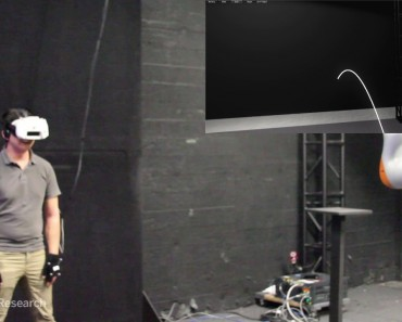 Catching A Real Ball Using Virtual Reality