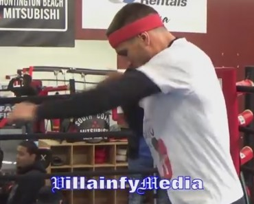 Incredible Speed By The Greatest Boxer In The World